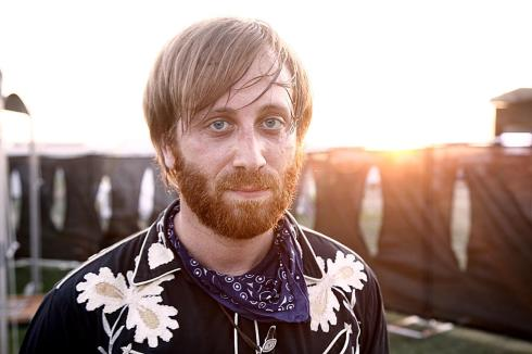 the-black-keys-dan-auerbach-loses-bob-dylans-hair-in-divorce-settlement
